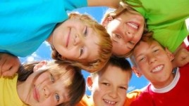 kids in huddle